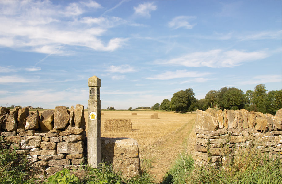 Picturesque Photography of Cotswolds Way